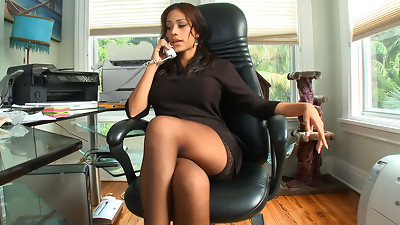 Babe,Big Boobs,Big Cock,Brunette,CFNM,Dress,Fucking,Office,Reality,Secretary