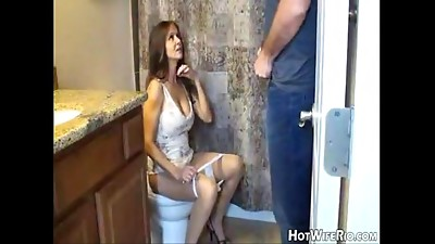 Bathroom,Handjob,Mature,MILF,Pissing,Stepmom