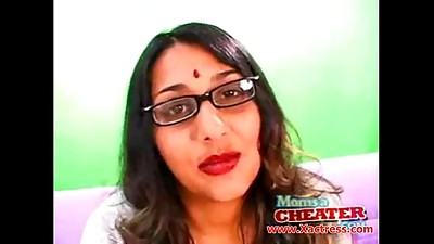 Cheating,Exotic,Indian,Mature,MILF,Stepmom