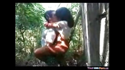 Amateur,Fucking,Girlfriend,Indian,Outdoor