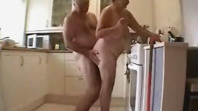 Amateur,Daddy,Grannies,Kitchen,Mature