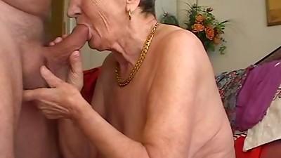 Amateur,Blowjob,Grannies