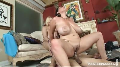 Big Boobs,Casting,Double Penetration,Latina,Threesome