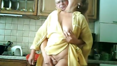 Amateur,Grannies,Mature