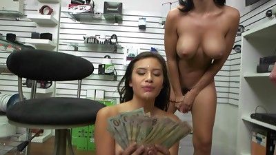 Amateur,Group Sex,Money,Natural,Public Nudity,Reality,Teen,Threesome